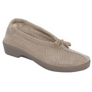 Zapato Salusflex Punto Beig